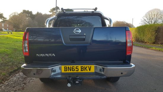2015 '65' Nissan Navara Tekna Double Cab pick up 2.5 DCI 190 BHP AUTO