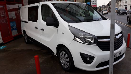 used vehicle 2018 '68' Vauxhall Vivaro LWB Double Cab Sportive