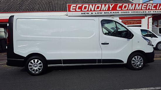 used vehicle 2014 '64' Renault Trafic LWB 1.6 DCI 115 BHP Business