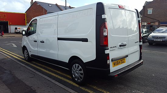 2014 '64' Renault Trafic LWB 1.6 DCI 115 BHP Business