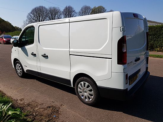 2016 '16' Renault Trafic SL27 SWB Business Plus 1.6 DCI 115 BHP