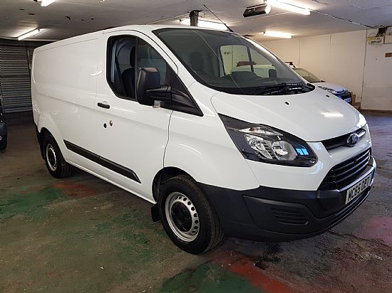 used vehicle 2015 '65' Ford Custom 290 L1 SWB 2.2 TDCI 100 BHP