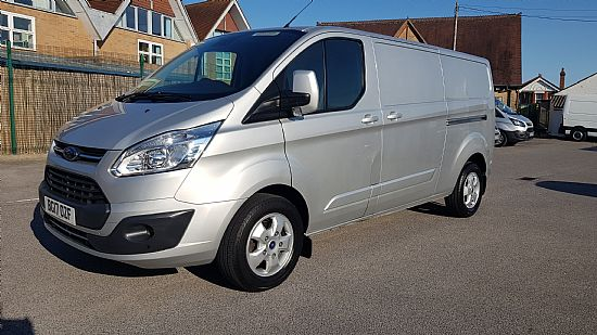 used vehicle 2017 '17' Ford Custom 290 L2 LWB Limited 130 BHP