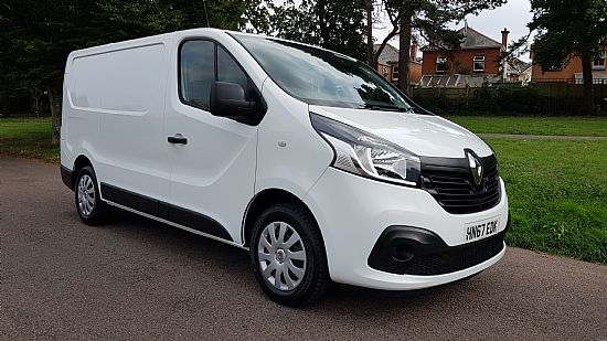 used vehicle 2017 '67' Renault Trafic SL27 Business Plus 1.6 DCI 125 BHP BiTurbo