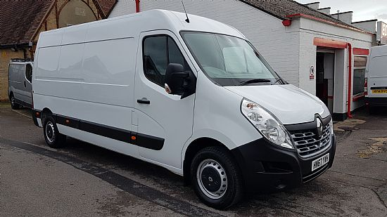 used vehicle 2017 '67' Renault Master LM35 LWB Business 130 BHP